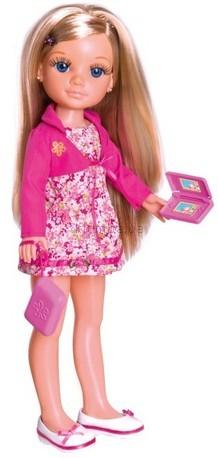 Детская игрушка Famosa Блондинка с набором одежды (Nancy)