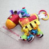 Развивающая игрушка-подвеска Рыцарский конь Lamaze