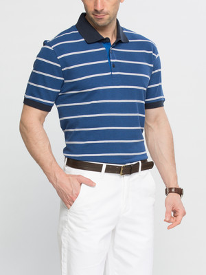 В наличии мужское поло lc waikiki синего цвета в белые полоски и синей окантовкой фото №1