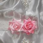 Нежнейшие розы на повязке модницам от рождения.