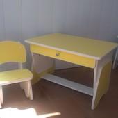 Столик и стульчик с регулировкой высоты лимон/белый. Николаев.Кредит