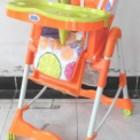 Стульчик детский для кормления Bambi RT 002 O для кормления, с корзиной, на колесах, апельсин, оранж