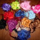 НОВЫЕ- резинки цветы перья * диаметр 9см