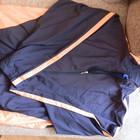 очень легкая  куртка для высокого мужчины. Цену снизила!