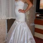 Свадебное платье шито под заказ, вышивка ручной работы 42-44рр.