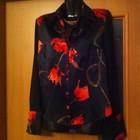 Атласная блузка в тюльпаны. 44 - 46 р.
