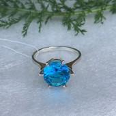 Кольцо серебряное Ход королевы 1070