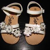 босоножки I Love Sandals 23 размер Англ 6 (15.5 вся стелька,14.5 см простроченное место)