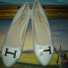 Белые балетки под Hermes очень удобные Код: 15