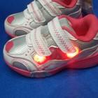 кроссовки для принцессы от американского бренда Carters с мигалками