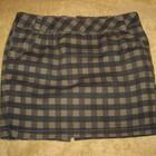 Теплая юбка в клеточку чуть выше колена. размер XL, идеальное состояние.