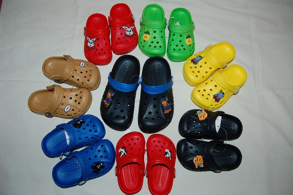 Новые сандалии, кроксы vitaliya для мальчиков фото №1