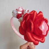 Обруч с красной розой на праздники и выпуск. В наличии!