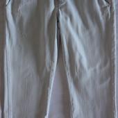 продам капри женские Сalvin Klein Jeans. размер 27. 100%хлопок.