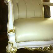 Кожаное кресло Италия.