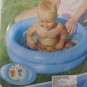 Первый детский бассейн для малыша,песочница