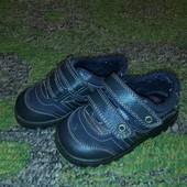 фирменная обувь на малыша до 1-2 года