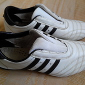 Кроссовки Adidas-оригинал р.42
