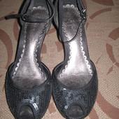 Туфлі туфли Clarks 38 р. UK 5 стелька 24 см