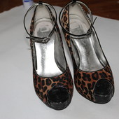 Леопардовые туфли с открытым носком