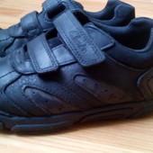 Дешевле. Кроссовки кожаные Clarks, стелька 18,5см, Вьетнам