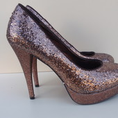 Туфли Итальянской фирмы Bata 37