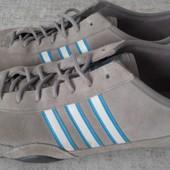 Кроссовки замшевые р.45 Adidas (оригинал)