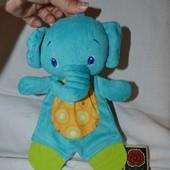 Впитывающий платочек полотеничко слоник с грузунками погремушка
