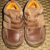 Черевики (ботинки) Clarks First shoes 22 розмір. (14 см стелька. 5,5 H) шкіра