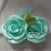 Розы цвета мята на повязке