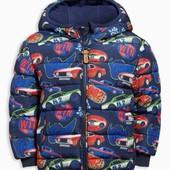 Дутая сине-красная куртка с машинками  (от 9 мес. до 6 лет) 650-720 грн