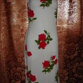 Красивейшее цветочное фирменное платье 48 размер