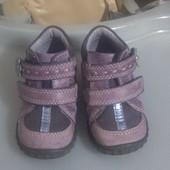 Продам ботинки туфельки ecco в хорошем состоянии 20 размер