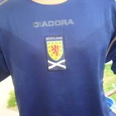 Фірмова футболка зб .Шотландії.Diadora.Оригінал.