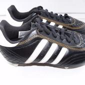 Adidas Крутые бутсы Adidas р.33 стелька 20,5 см