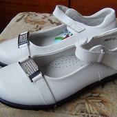 Туфли для девочки в р,36