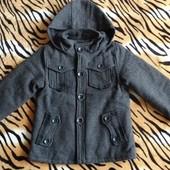 Стильное пальто для мальчика на 5   6 лет
