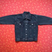 Куртка джинсовая на 5-7 лет, б/у. Длина 52 см, ширина 43 см, рукав от плеча 38 см, рукав от горлышка