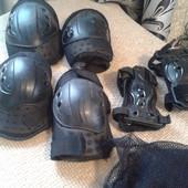 Защита для локтей и коленей