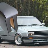 Продам подлокотник Volkswagen Jetta.