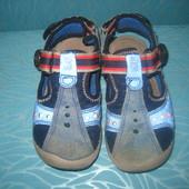 Закрытые сандалики Bama 25р 15,5 см стелька