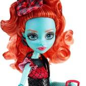 новинка кукла Монстер Хай Лорна Макнеси серии Монстры по обмену Monster high doll