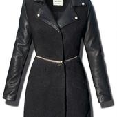 Женское демисезонное  пальто с рукавами из эко-кожи