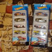 Подарочный набор из 5 машинок Hot Wheels