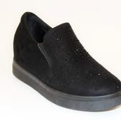 Туфли женские черные на скрытой танкетке Т759