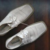 Брендовые туфли 42 размер