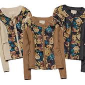 Женская куртка с цветами