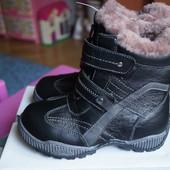 Ботинки кожаные для мальчика, девочки, зимние, новые р. 30,31