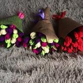 Оригинальный  подарок на 8 Марта букет с  конфет (АВК), тюльпаны, 1 букет -11 цветов уп+10 грн,