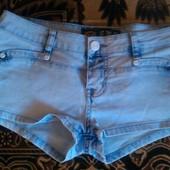 Продам джинсовые шорты 28 р.